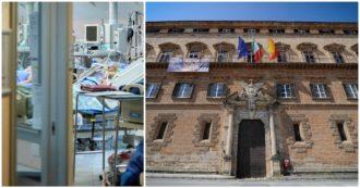 """Sicilia, l'accusa dei medici ospedalieri alla Regione: """"I dati della Terapia intensiva sono gonfiati. Ci sono 210 posti letto in meno"""""""