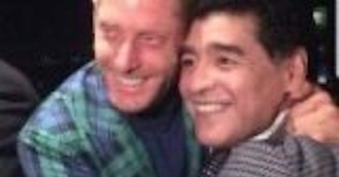 """È morto Diego Maradona, Lapo Elkann: """"Ci prendevano in giro per le nostre dipendenze, ma era una leggenda dal cuore d'oro"""""""
