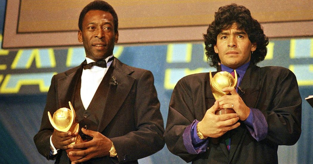 """Diego Armando Maradona morto, Pelé: """"Perdo un grande amico e il mondo una leggenda. Un giorno spero che potremo giocare a pallone insieme in cielo"""". Franco Baresi: """"È stato un onore affrontarti"""""""