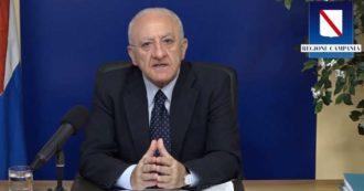 """Covid, le misure funzionano ma per il presidente della Campania De Luca """"le zone sono una grande buffonata"""". Il video"""