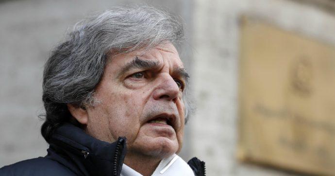 """Brunetta ora bacia il suolo dove passa Di Maio: """"E' un vero leader, è intelligente e preparato"""". Prima era """"spudorato, ignorante e truffatore"""""""