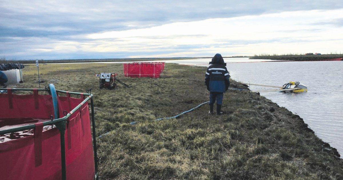 La tundra siberiana affogata nel petrolio dall'amico di Putin