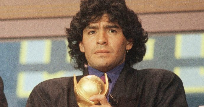 """Maradona, """"l'audio commovente mandato prima di morire"""" al compagno della sua ex"""