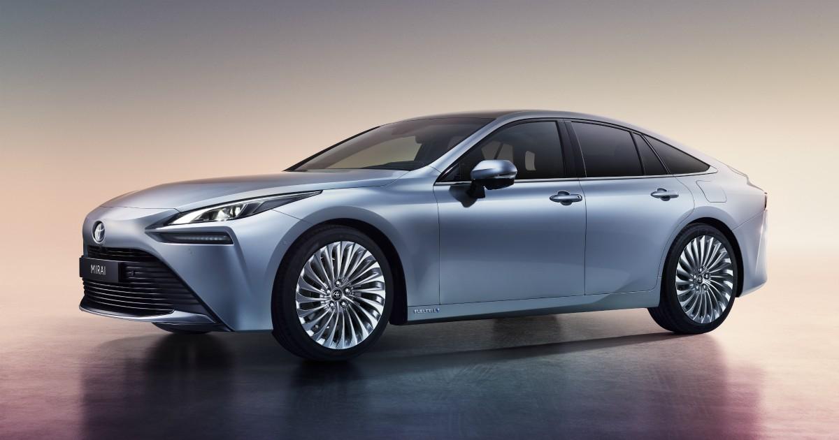 Toyota Mirai, ecco la nuova generazione della berlina a idrogeno – FOTO
