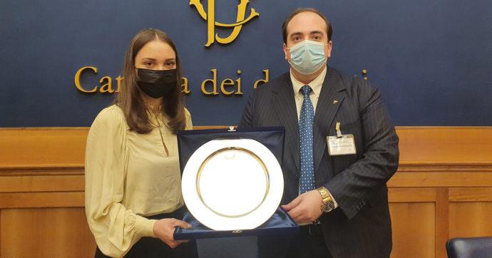 Alessia Bonari, l'infermiera simbolo della lotta al Covid premiata in rappresentanza di tutte le persone che combattono il virus