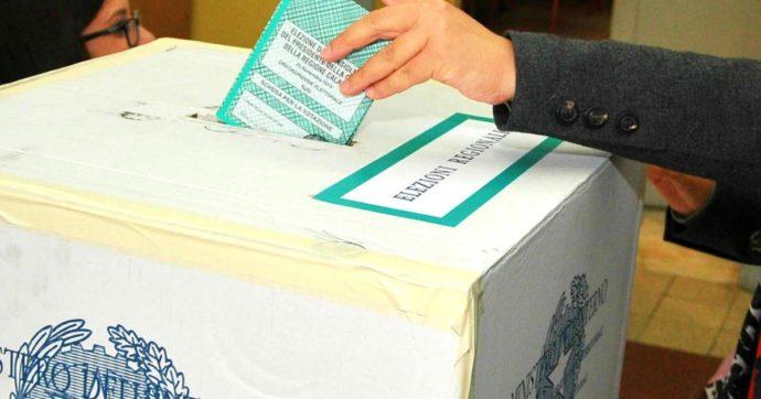 """Calabria, il presidente di seggio: """"Il consigliere Pd mi disse: se qualcuno è senza documento, fallo votare che deve dare il voto a me"""""""