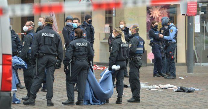 Germania, auto piomba sulla folla a Treviri: 5 morti, c'è anche bimbo di 9 mesi. Fermato il conducente: è un 51enne tedesco