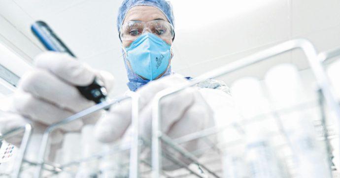 In Edicola sul Fatto Quotidiano del 3 Dicembre:  Ecco il piano italiano: 200milioni di vaccini