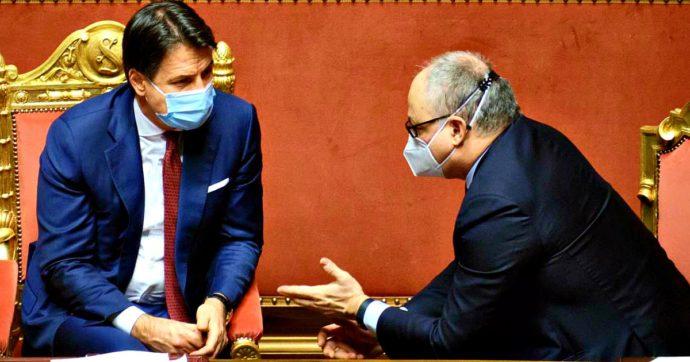 """Ristori, stanziamento a rischio in caso di crisi di governo. Gualtieri: """"Non deve accadere"""". Faraone (Iv): """"Pronti a votare lo scostamento"""""""
