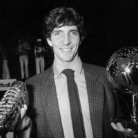 ©LaPresse Archivio Storico Parigi anno 1982 sport  calcio Paolo Rossi nella foto: l'italiano Paolo Rossi con il pallone d'oro e la scarpetta d'ora. B 3193
