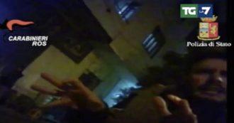 Giulio Regeni, la faccia di un agente dei servizi segreti egiziani nel video girato dal contatto del ricercatore in Egitto: le immagini da La7