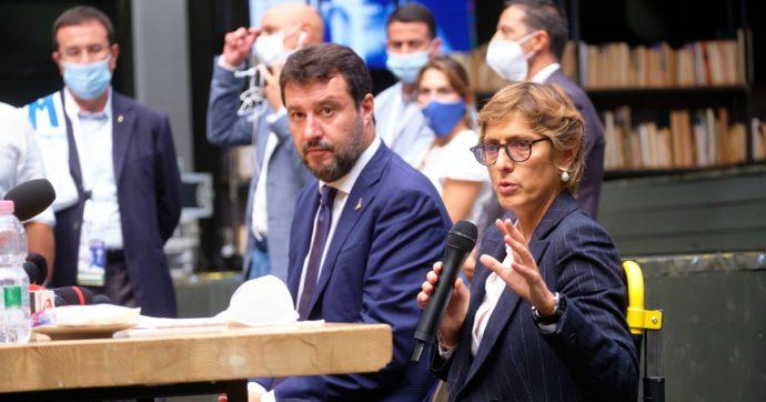 Gregoretti, la difesa di Salvini: 'Decideva con il governo'. E su Toninelli: 'Non ricorda? Spero trovi strada casa'. La replica: 'Risposto a tutto'