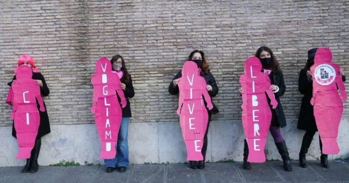 Violenza sulle donne: ci stanno facendo fuori. Ma nessuna si salva da sola
