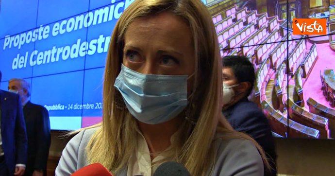 """Mario Draghi chiama Giorgia Meloni dopo gli insulti sessisti. Lei: """"Al professore non dico niente, la violenza è ammissione di inferiorità"""""""