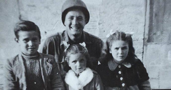 La storia a lieto fine del soldato Adler: dopo 76 anni rintraccia i bambini che trovò durante la seconda Guerra Mondiale