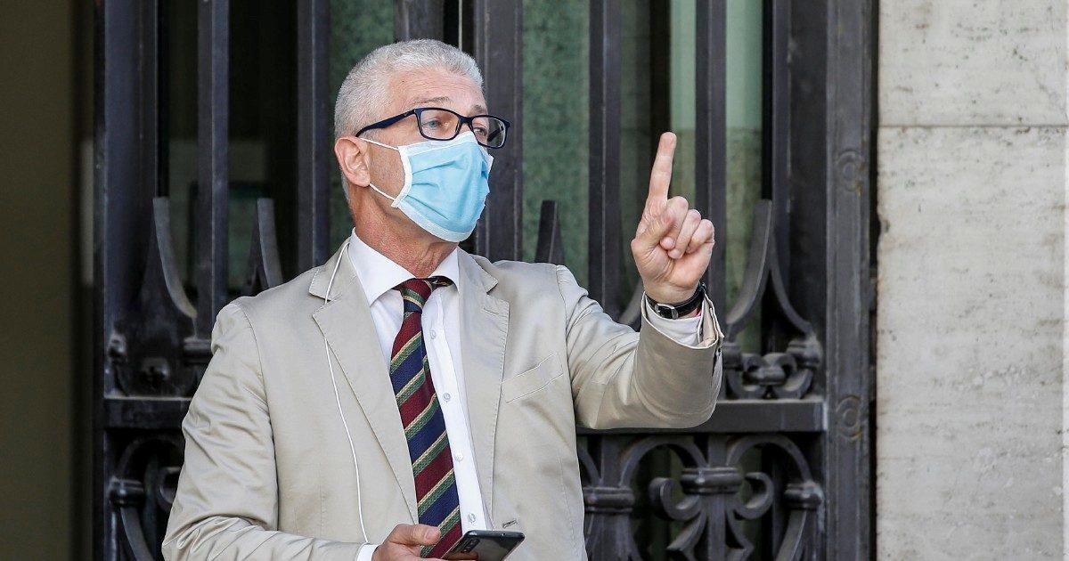 """Governo, Nicola Morra: """"In molti fanno solamente finta di appoggiare Conte"""""""