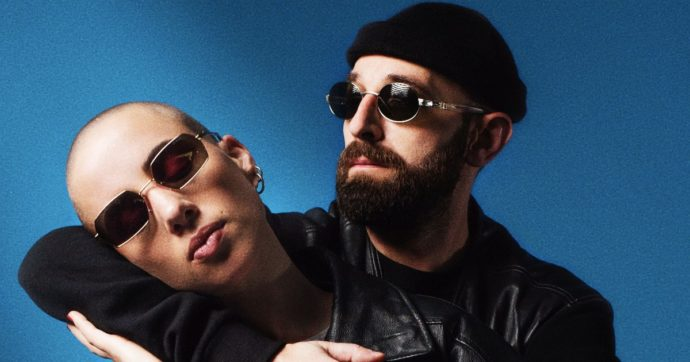 Sanremo 2021, ecco chi sono i Coma_Cose: coppia nella vita e nella musica