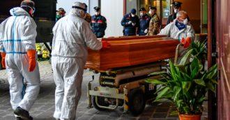 """Coronavirus, Milano chiude il forno crematorio di Lambrate: """"Troppi morti, i feretri in attesa anche per venti giorni"""""""