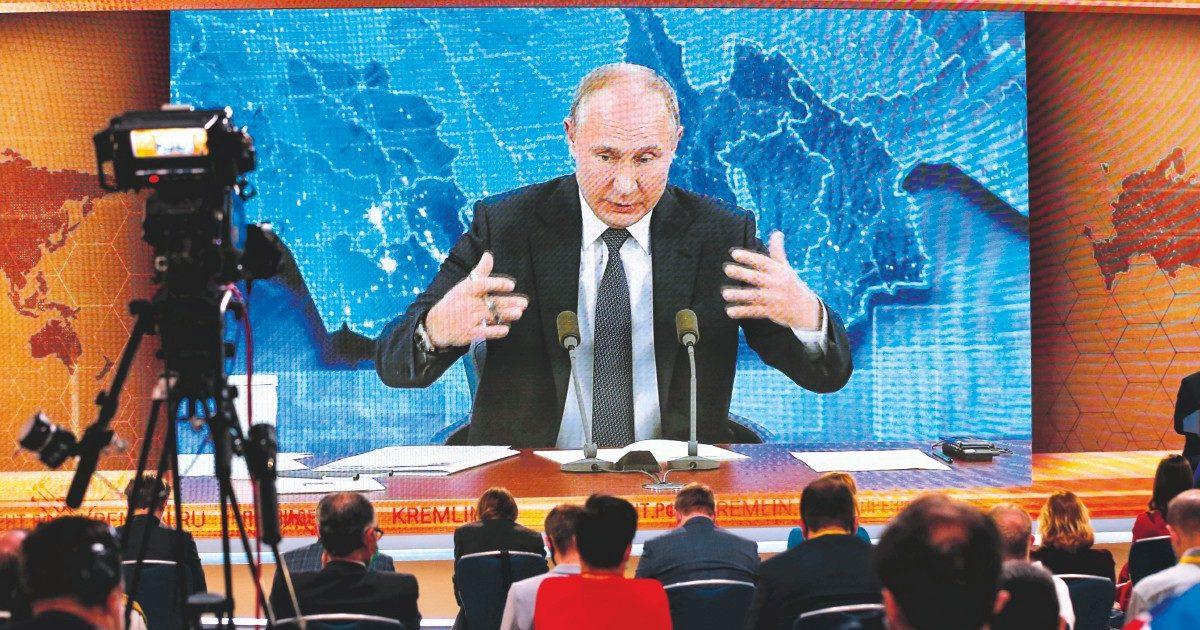 """Essere Vladimir Putin. """"L'Occidente pensa che siamo degli  idioti"""""""