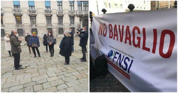 """Veneto, """"se critichi la gestione della pandemia rischi la querela"""". Giornalisti in piazza a Venezia: """"No al bavaglio sul Coronavirus"""""""