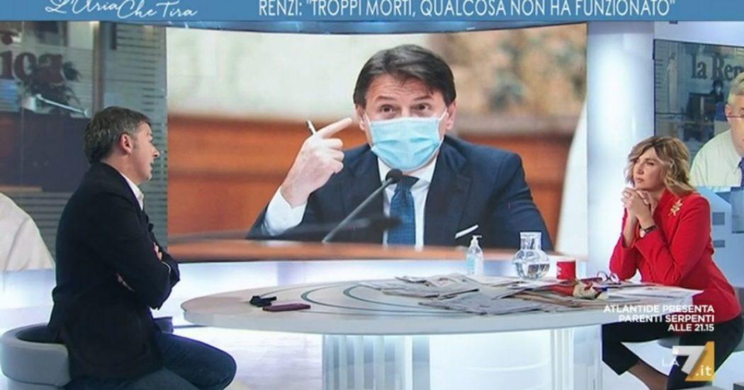"""Renzi tiene aperto lo scontro con il governo: """"Ritiro delle ministre? Tutto ancora sul tavolo. Bene sul metodo, ora dipende dal merito"""""""