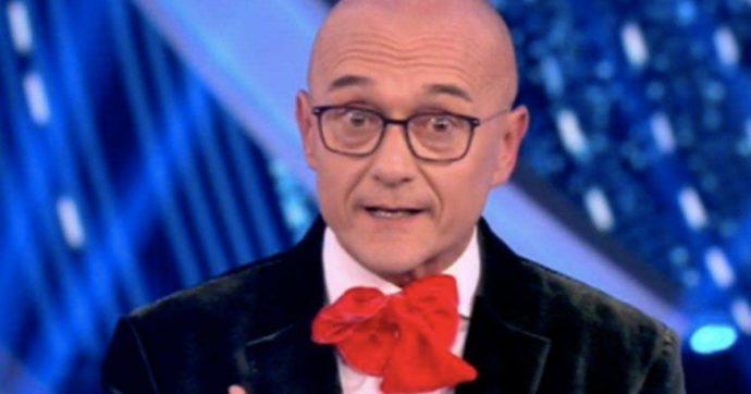 """Grande Fratello Vip, Alfonso Signorini al pubblico dei social: """"Ci siamo stancati, basta"""". I commenti: """"Ipocrita"""""""
