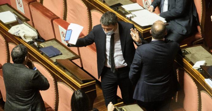 """Approvata al Senato la legge di bilancio 2021. Renzi: """"Governo come una bici, sta in piedi se si muove"""". Oggi decreto con correzioni"""