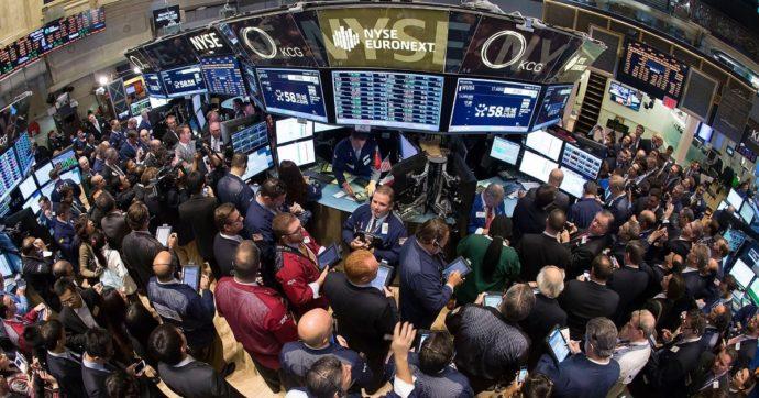 La borsa italiana chiude il 2020 a meno 5%. Capitalizzazione complessiva a 607 miliardi, Intesa Sanpaolo il titolo più scambiato