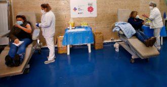 """Vaccino Covid in Italia, record di 80mila dosi in un giorno. Il totale arriva a 259mila. Arcuri: """"Prossima consegna di Pfizer in ritardo"""""""