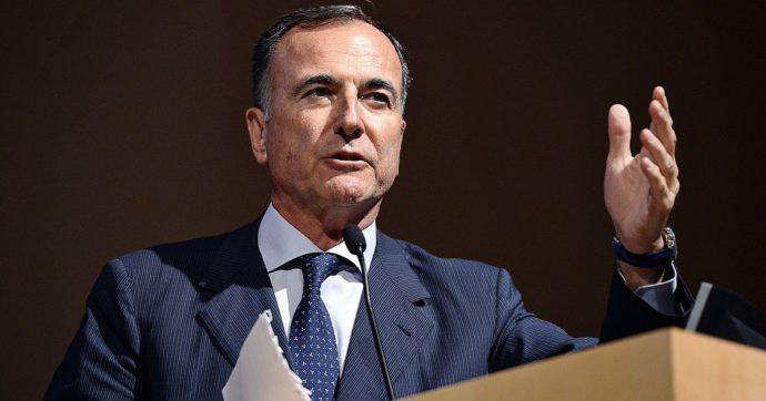 """Sperimentazione sui macachi, Franco Frattini e i tweet contro il progetto che ha """"congelato"""" da presidente di sezione del Consiglio di Stato"""