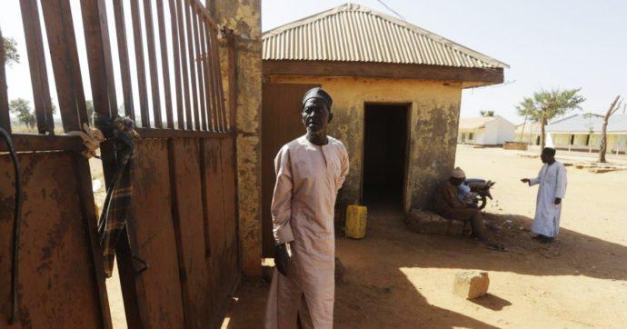 Camerun, attacco di Boko Haram con donna kamikaze: 13 morti in un villaggio. Tra loro 8 bimbi