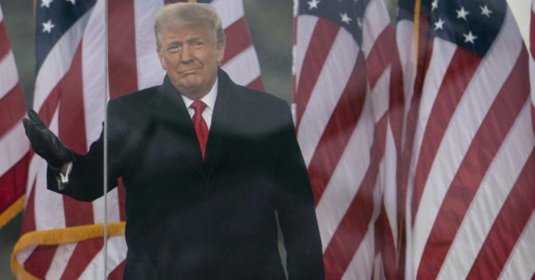 """Trump: """"Non andrò all'insediamento"""". Biden: """"Meglio, lui presidente incompetente"""". Pelosi: """"È instabile, non può avere i codici nucleari"""""""