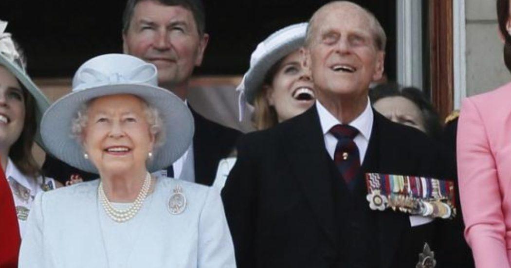 """Coronavirus, Uk: 60mila casi, oltre mille morti. Regina Elisabetta e principe Filippo vaccinati. Germania: 1.083 vittime. Ministro Salute: """"Immunizzate 500mila persone"""""""