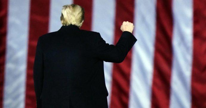 """Trump, """"martedì possibile voto della Camera su impeachment"""". Il 56% degli americani favorevole alla rimozione del tycoon"""