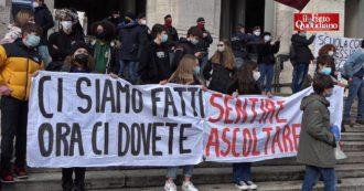 """Studenti in piazza anche a Roma contro la didattica a distanza. Cgil: """"Nelle periferie della Capitale aumenta l'abbandono scolastico"""""""