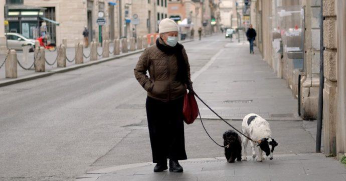 """Coronavirus, in Germania 861 morti nelle ultime 24 ore. Scozia in lockdown fino a fine mese. Francia, """"vaccino Astrazeneca somministrato da metà febbraio"""""""