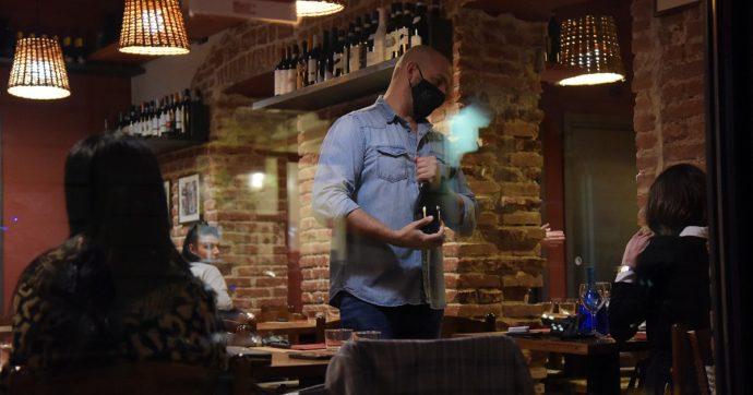 """La campagna 'IoApro' fa flop: poche riaperture in tutta Italia. Le associazioni di ristoratori: """"Non si protesta violando la legge"""""""