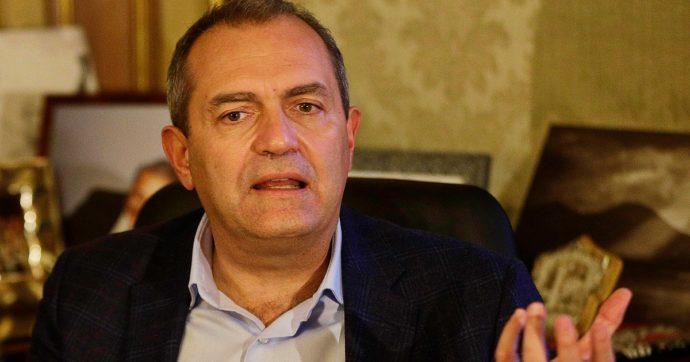 """Luigi De Magistris si candida a presidente della Calabria: """"Legato a questa terra. Con me persone che hanno storie credibili"""""""
