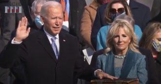 USA Joe Biden giura come presidente dell'antica Bibbia sostenuta dalla moglie Jill