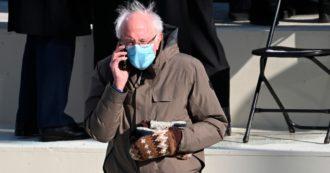 """Insediamento di Biden, Bernie Sanders arriva in giacca a vento e guanti di lana (riciclata): """"Sono un regalo"""""""