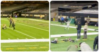 La lezione di sportività della leggenda del football: il lancio in touchdown per il figlio dell'avversario nel dopo-partita – Video