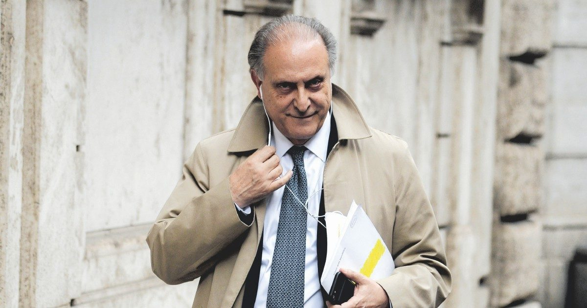 """Indagato l'udc Cesa: """"Connubio diabolico politici-imprenditori"""""""