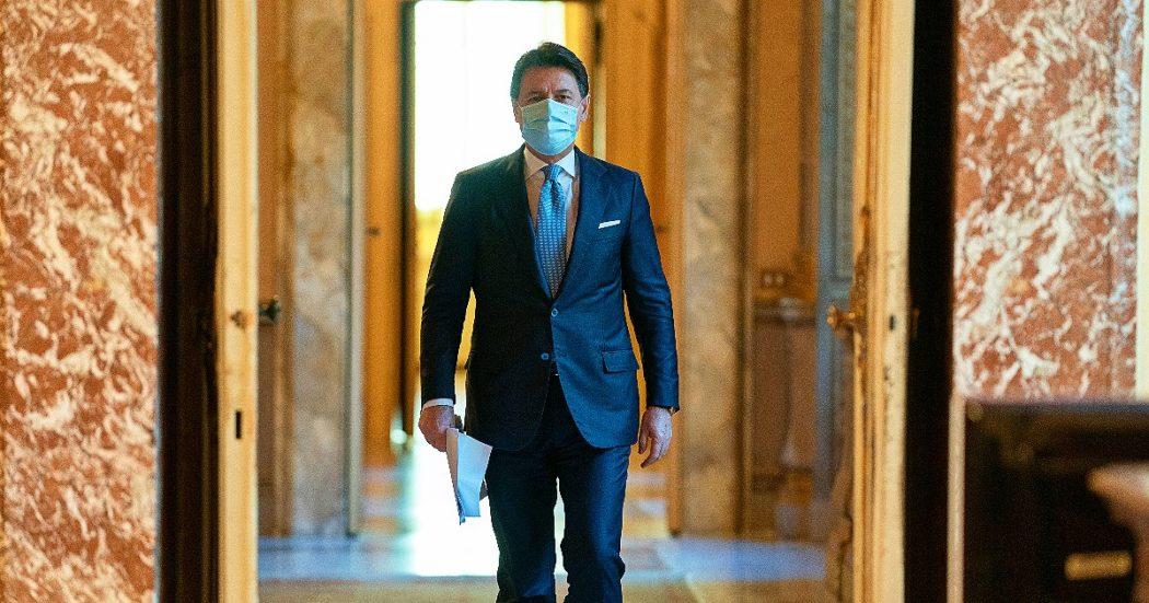 """Dimissioni, Conte salirà al Quirinale. M5s, Pd e Leu per un nuovo incarico al premier. Zingaretti: """"Con lui per un governo europeista"""""""
