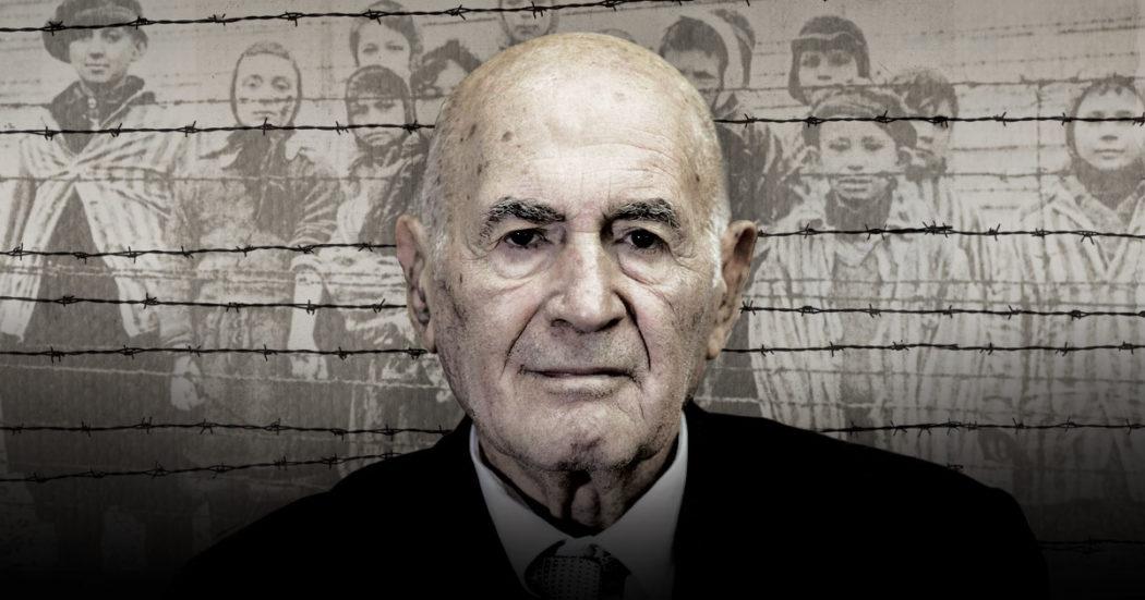 """Giornata della Memoria, Sami Modiano e l'arrivo a Birkenau: """"Le botte a mio padre, la rasatura, il pigiama a righe, il tatuaggio: ero B7456"""""""