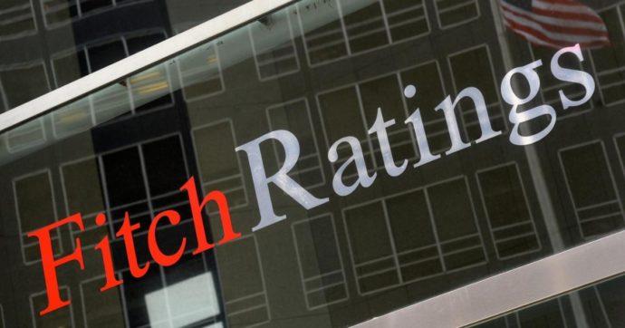 """Agenzia  Fitch: """"Crisi politica mette a rischio crescita Italia e rating sul debito. Uso dei fondi Ue potrebbe subire ritardi"""""""