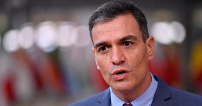 Spagna, in piena pandemia il ministro della Salute si dimette per candidarsi in Catalogna. E indebolire gli indipendentisti