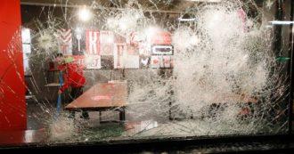 Coronavirus, in Olanda violente proteste contro il coprifuoco: negozi saccheggiati e 180 arresti – FOTO