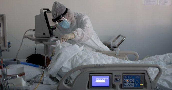 """Covid, Iss: """"In 16 Regioni Rt sopra 1. Epidemia in espansione, terapie intensive oltre la soglia critica"""""""