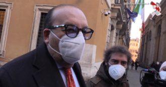"""Vitali lascia Forza Italia per Conte. Il giorno prima diceva: """"Serve inversione sulla giustizia o non ci troveremo mai"""". Ma aggiungeva: """"Mai dire mai…"""""""