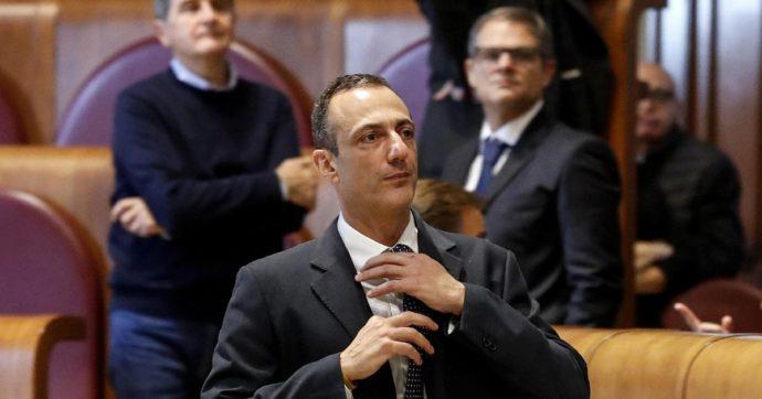 """L'ex M5s Marcello De Vito a processo per corruzione ora passa a Forza Italia. E dice: """"Berlusconi grande innovatore della politica"""""""